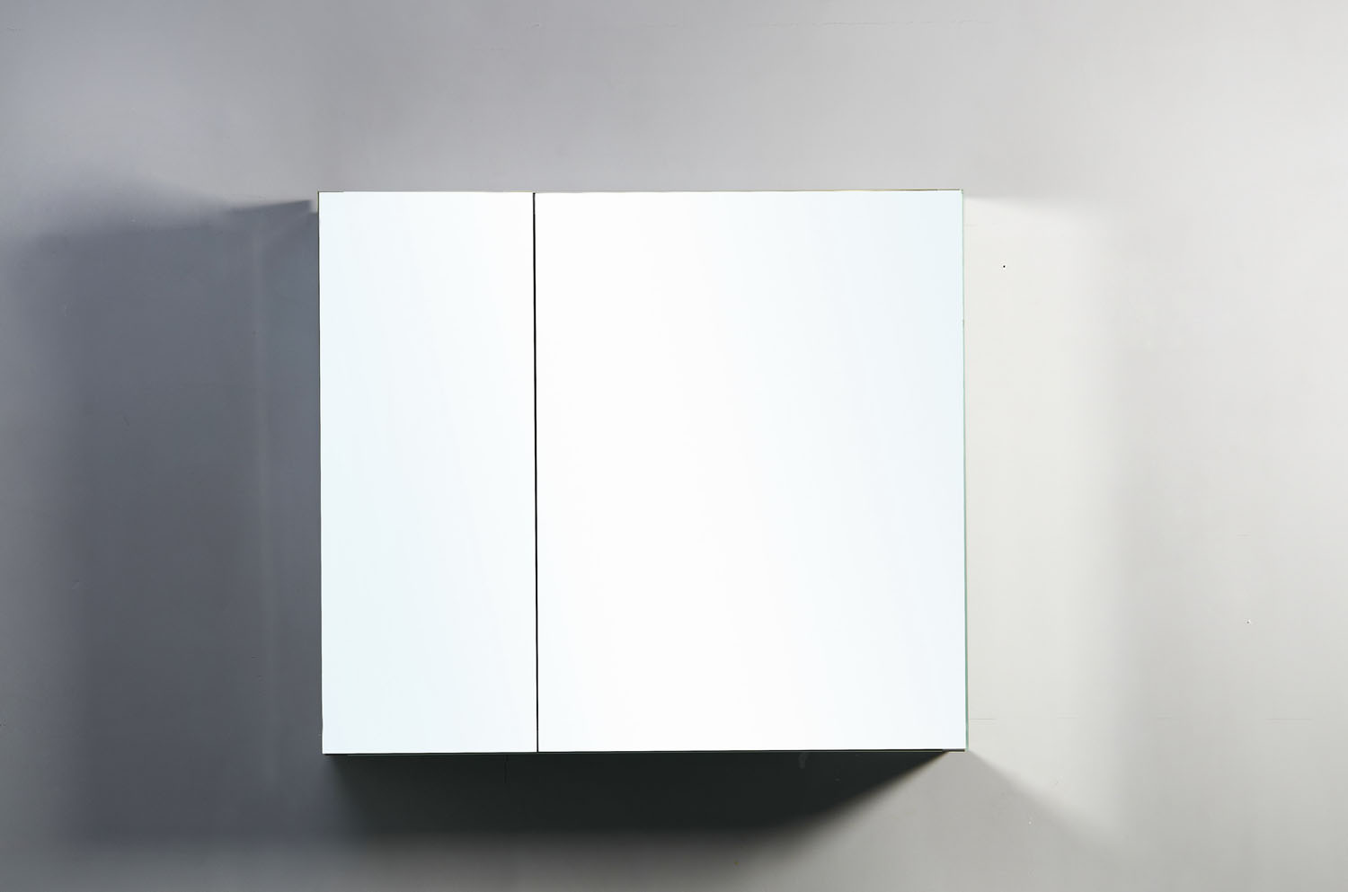 "Confiant 30"" Mirrored Medicine Cabinet Recessed Or Surface"